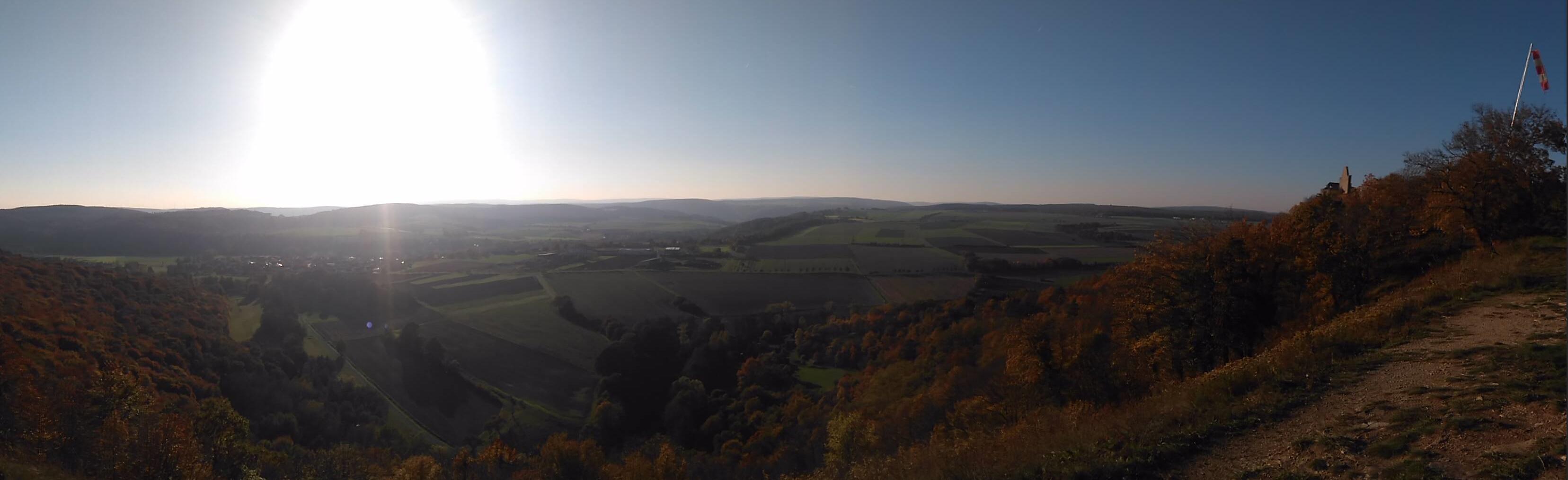 Ausblick über Gössenheim im Landkreis Main-Spessart von der Burgruine Homburg.